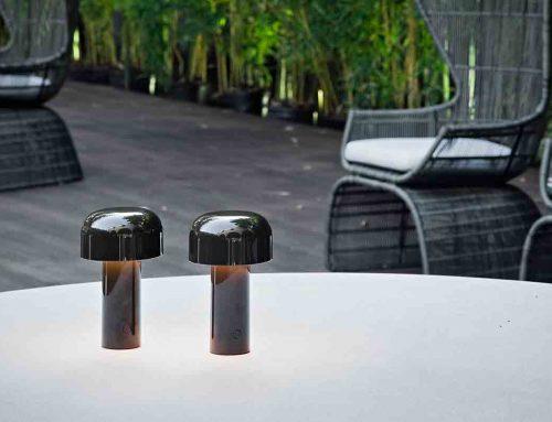 Портативные настольные лампы Bellhop от FLOS